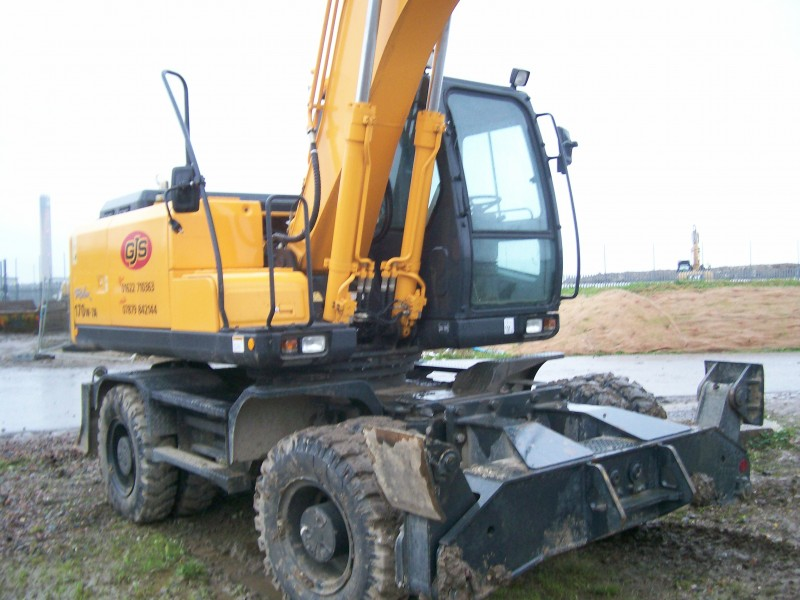 Wheeled Excavator Hire in Kent